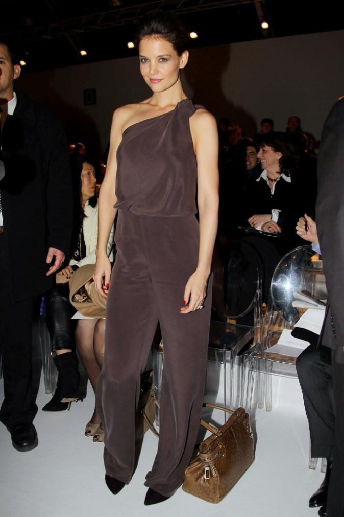 Katie Holmes au défilé Max Mara automne-hiver 2011/2012