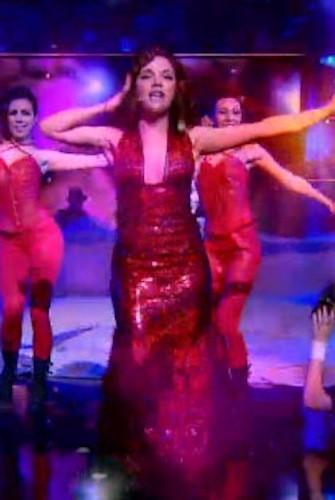Vanina de la Star Academy avec une robe qui n'était pas du tout à sa taille !