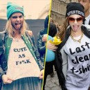 Looks de Cara Delevingne : sa fashion fixette ? Les hauts imprimés à messages !