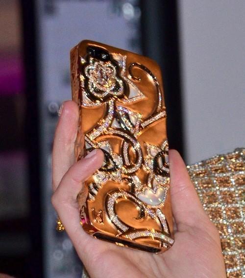 Mais à qui est cet iPhone ?