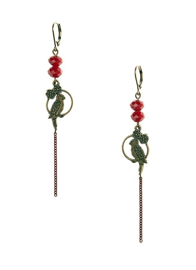 Boucles perles de verre à facettes et estampes oiseaux en laiton, Virginie Mahé. 38 €