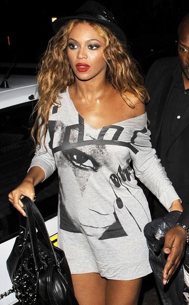 Look de Beyoncé : une tunique New Look à 25€ !