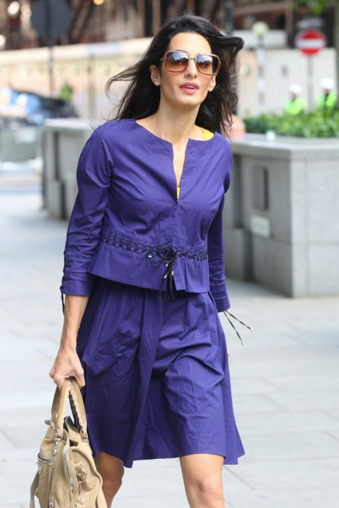 Amal Alamuddin : découvrez son CV fashion !