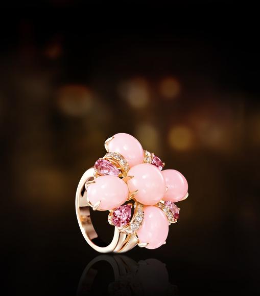Une fleur précieuse pour la ligne Baroque de Chanel !