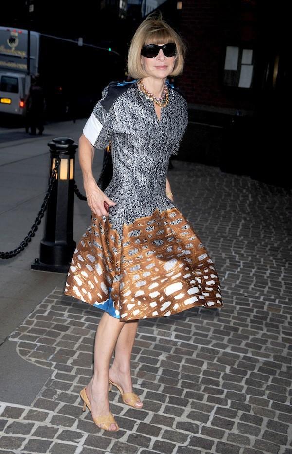 Mode : Anna Wintour : la déesse de la mode porte les mêmes chaussures depuis vingt ans (presque) tous les jours !