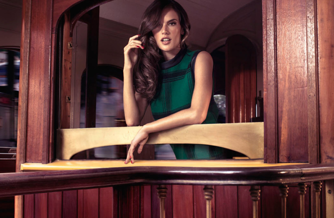 Alessandra Ambrosio pour la collection automne-hiver 2012 de Colcci