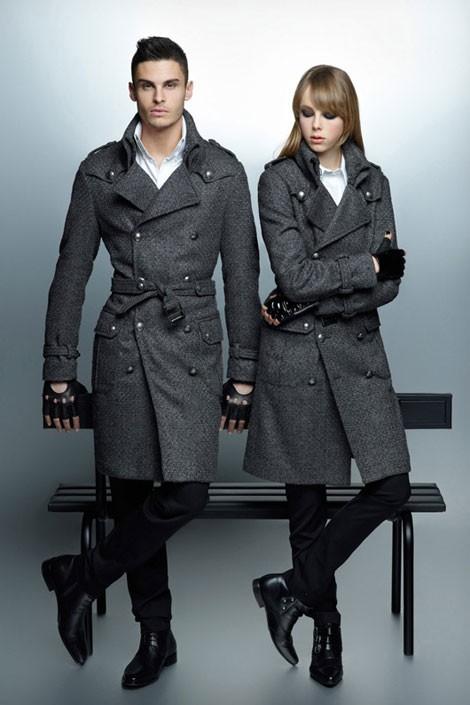 Baptiste Giabiconi et Edie Campbell pour la collection automne-hiver 2012 de Karl Lagerfeld