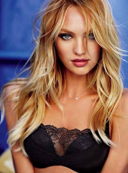 Candice Swanepoel pour la collection lingerie printemps-été 2012 de Victoria's Secret
