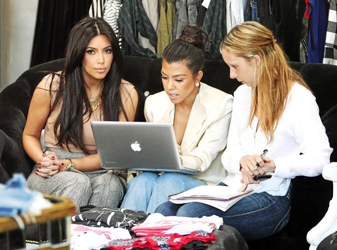 Kim & Kourtney Kardashian passent tellement d'heures sur les e-shops qu'elles ont même créé la Kardashian Kollection pour Dorothy Perkin