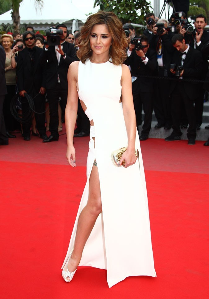 Pour le festival de Cannes en 2009, Cheryl nous montre ses gambettes