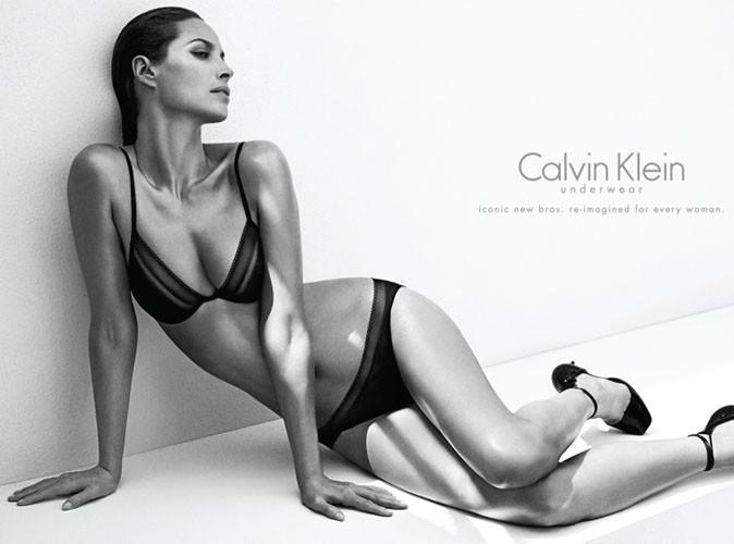 Christy Turlington, activiste et égérie Calvin Klein