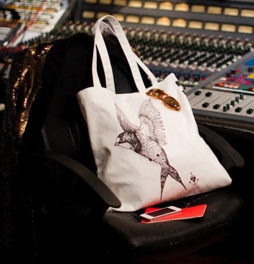 Le sac avec le dessin de Béatrice Martin