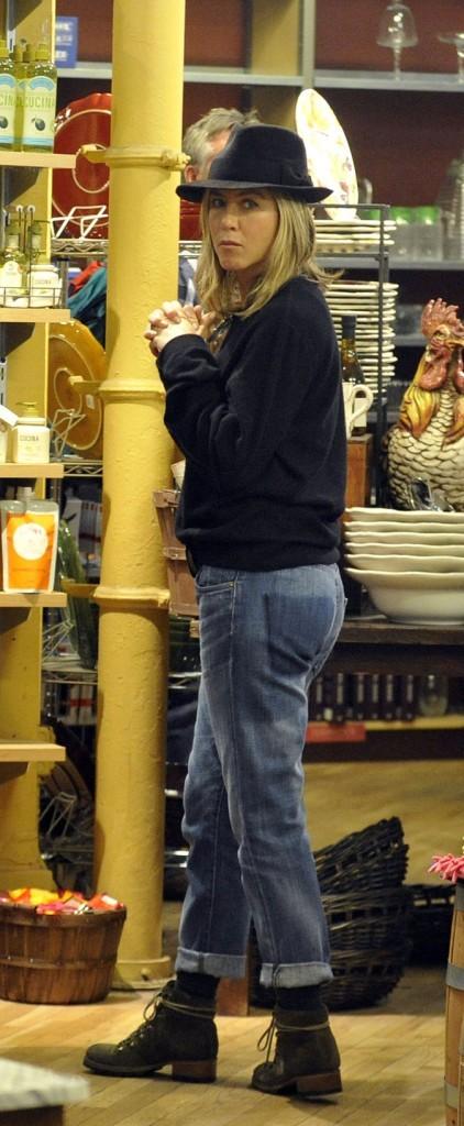 Jennifer Aniston, métamorphosée par son nouvel amour
