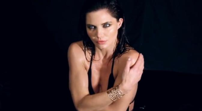 Delphine Chanéac pour la campagne 2012 d'Edouard Nahum