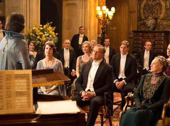 Les costumes des acteurs de Downton Abbey jamais lavés, ils puent sur le tournage !
