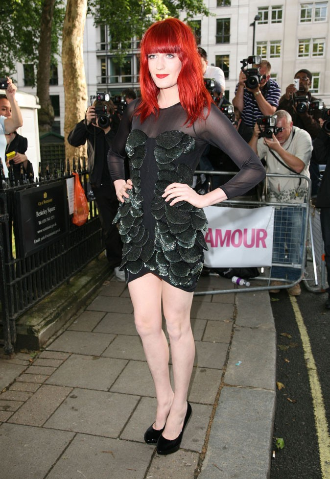 Florence Welch en mini-robe Jasmine Di Milo aux Women of the Year Awards 2010 Glamour !