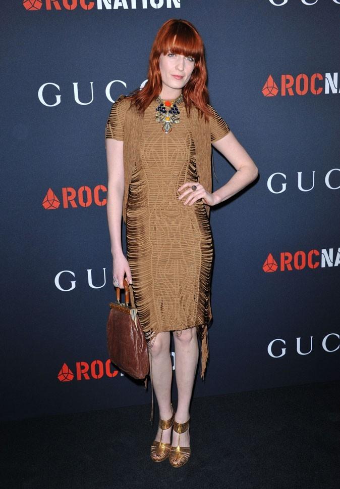 Florence Welch en robe vintage à franges et sandales or à la soirée Gucci Pré-Grammy 2011 !