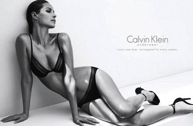 Christy Turlington pour Calvin Klein !
