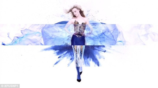 Mode : Georgia May Jagger : en topless pour la nouvelle campagne Angel !