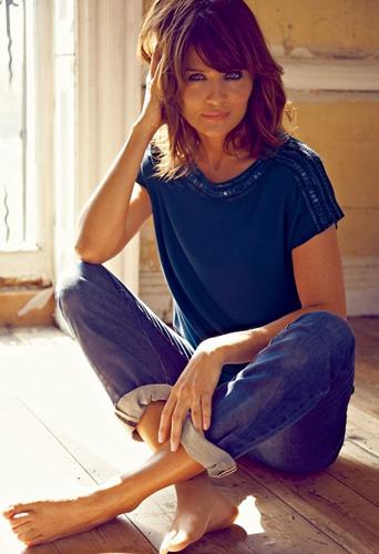 Mode : Helena Christensen : Trop sexy pour représenter Boden ?