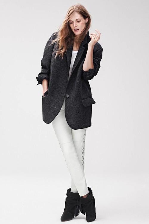 Veste, £99.99 (environ 119 euros); Pantalon, £179.99 (environ 214 euros); T-shirt, £29.99 (environ 35 euros); boots, £149.99 (environ 178 euros)