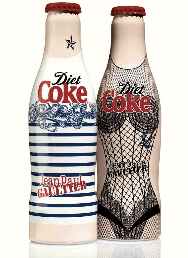 Les bouteilles Coca-Cola Light dessinées par Jean Paul Gaultier