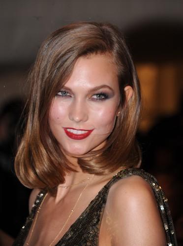 Karlie Kloss le nouveau mannequin de Victoria's Secret !