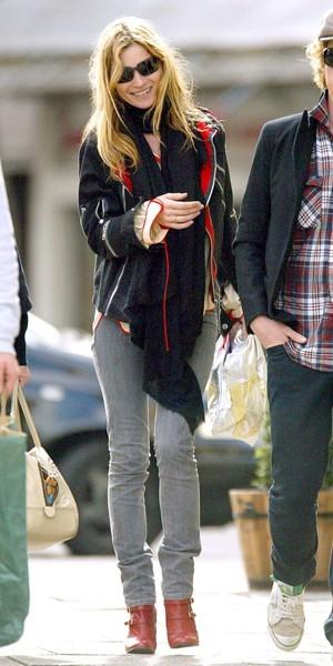 Kate Moss, Son excentricité, les bottes rouges !