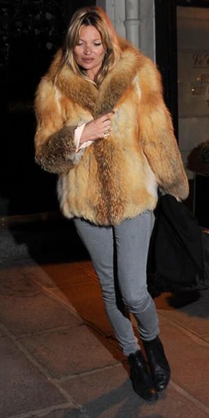 Kate Moss, un tenue à tomber à la renverse