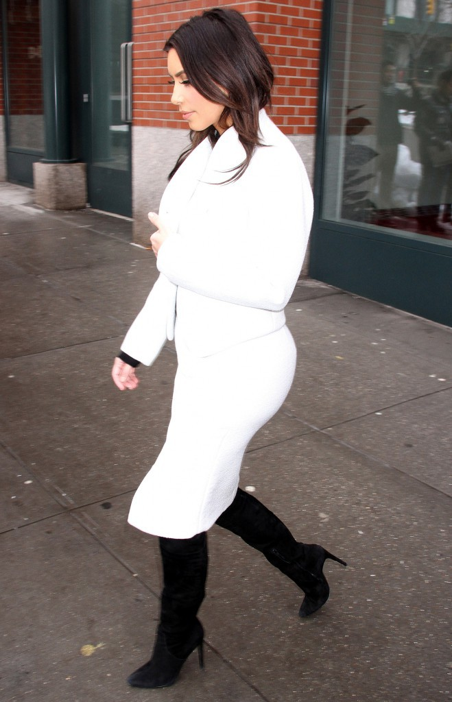 Kim Kardashian : noir c'est noir, il n'y a plus d'espoir ? Fashion fixette en vue !