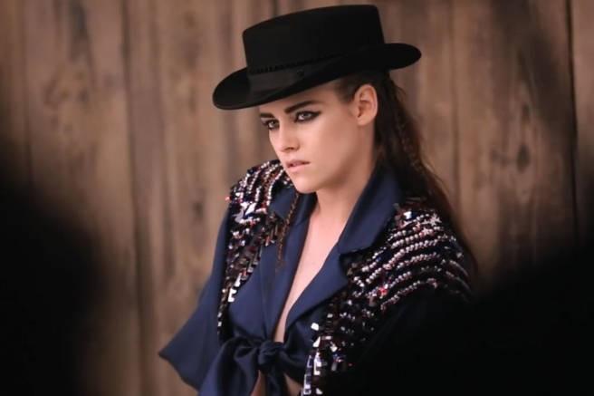 """Mode : Kristen Stewart : les backstages de son shooting """"Far West"""" dévoilés !"""