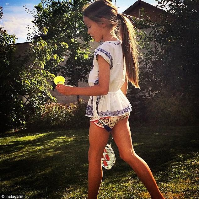 Mode : Kristina Pimenova : 9 ans et top model, découvrez les photos de petite fille la plus mignonne du monde !