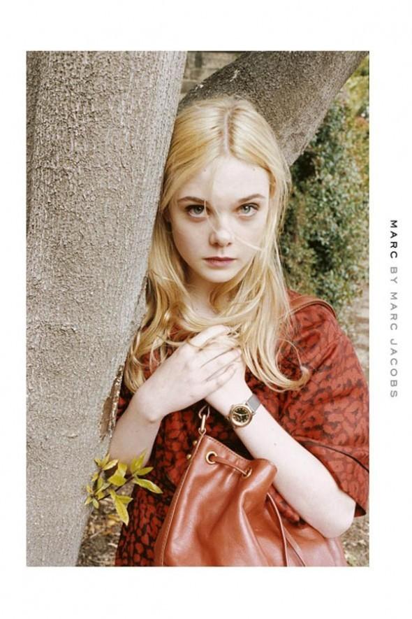 Elle Fanning et sa blondeur angélique !