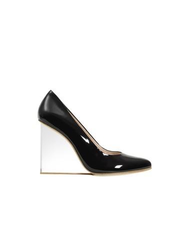 Chaussures en cuir à 199€