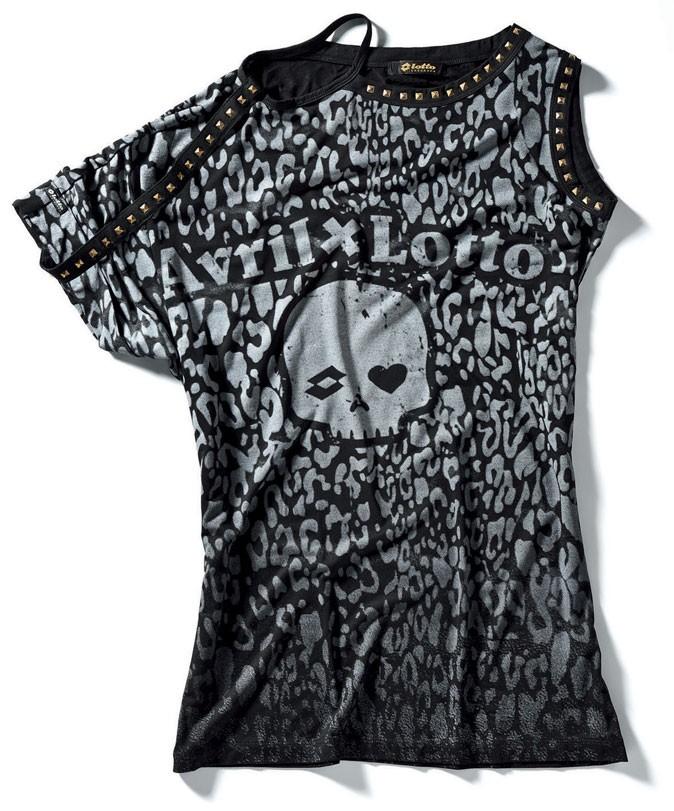 Le T-shirt grunge de la collection Avril Lavigne x Lotto !