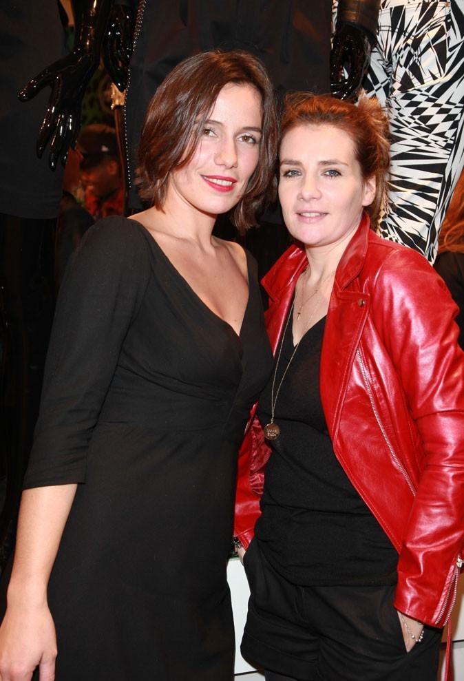 Zoé Félix et Marie Amélie Seigner lors de la soirée Versace for H&M