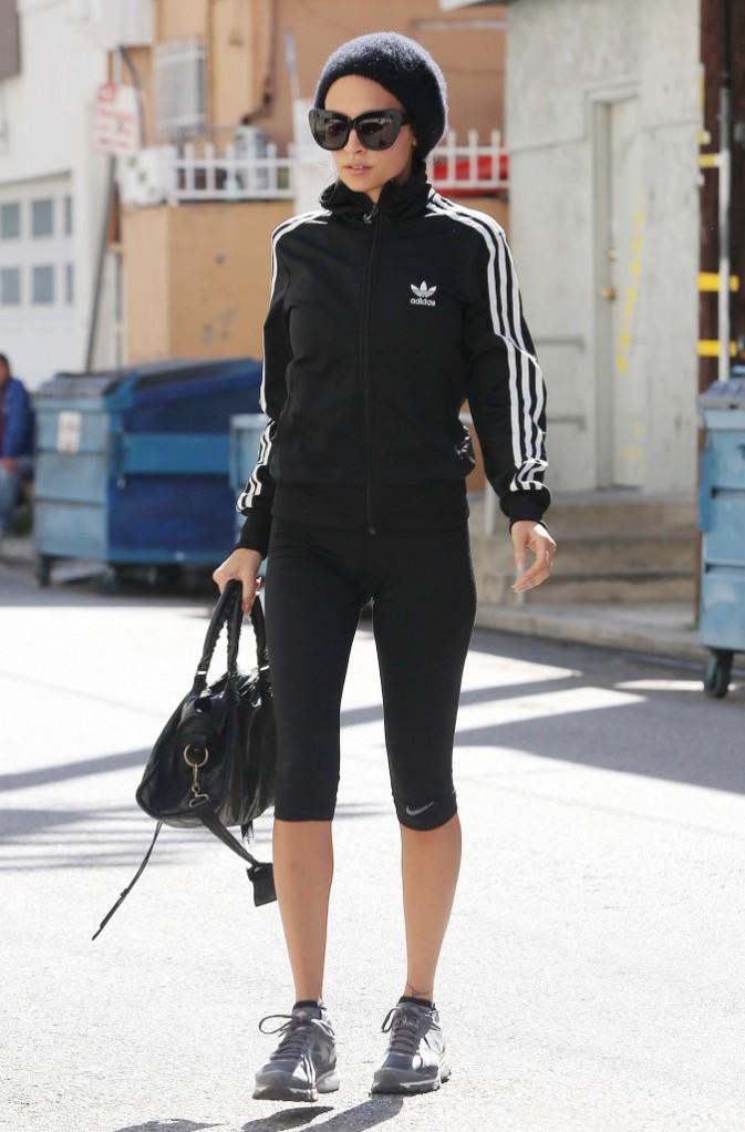 Le bonnet du 11/04/2013 porté par Nicole Richie : chic ou swag ?