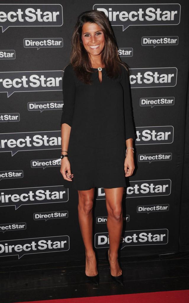 Le CV fashion de Karine Ferri : 02/09/2010