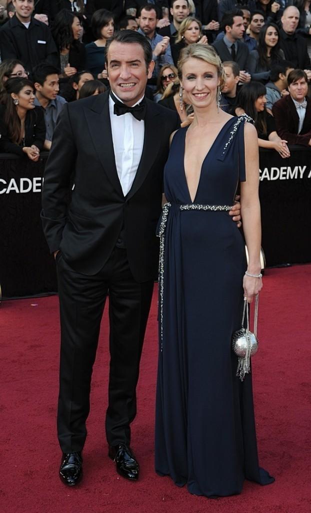 Février 2012 : Alexandra Lamy et Jean Dujardin à la cérémonie des Oscars (Los Angeles)