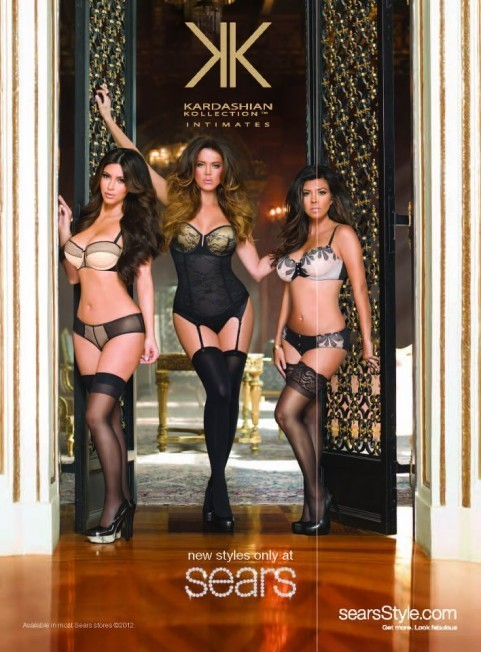 Kim, Kourtney et Khloé pour la Kardashian Kollection Intimates