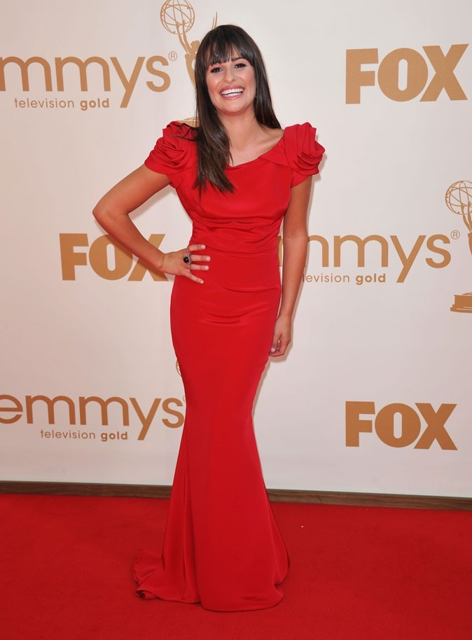 Colorama : la robe à épaulettes rouge Marchesa de Lea Michele (Glee) !