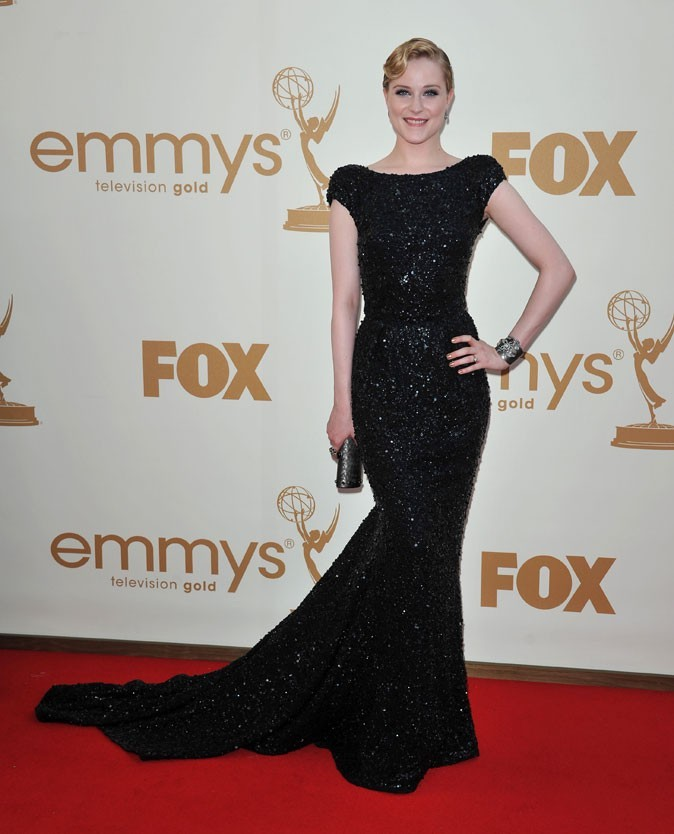 Tout ce qui brille : la robe noire brillante Elie Saab d'Evan Rachel Wood (Mildred Pierce) !
