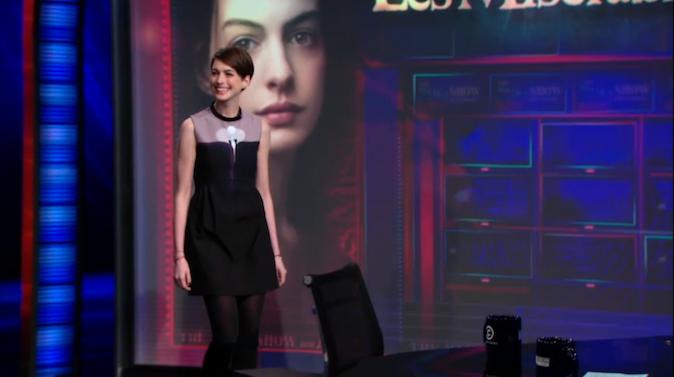 Anne Hathaway en Victoria Beckham