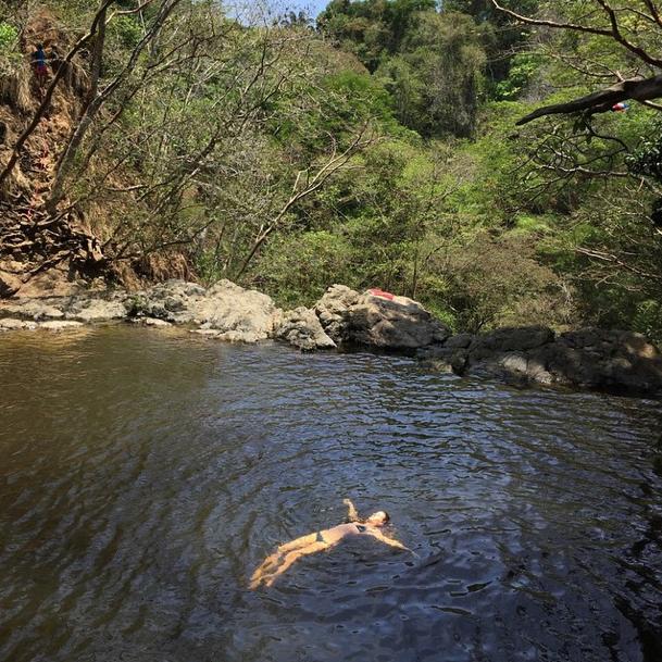 Mode : Photos : Candice Swanepoel et Gisele Bündchen : elles se mobilisent pour sauver la planète !