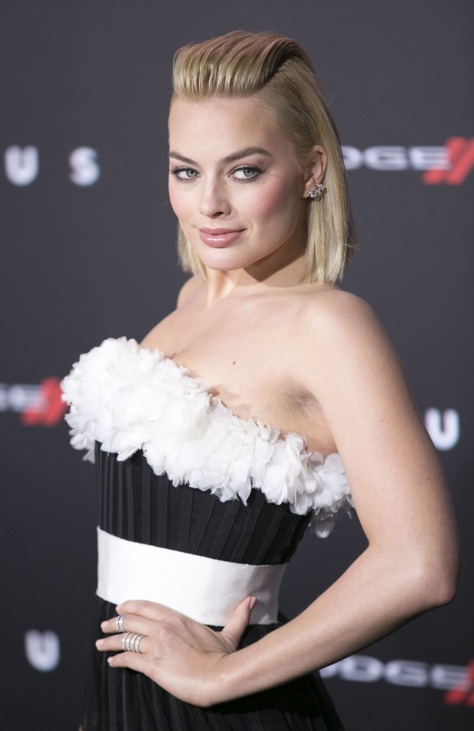 Mode : Photos : Qui sera élu la star la plus plus sexy en 2015 ? Margot Robbie ?
