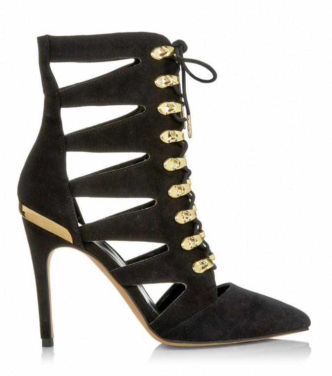 Boots à découpes, New Look 36 €
