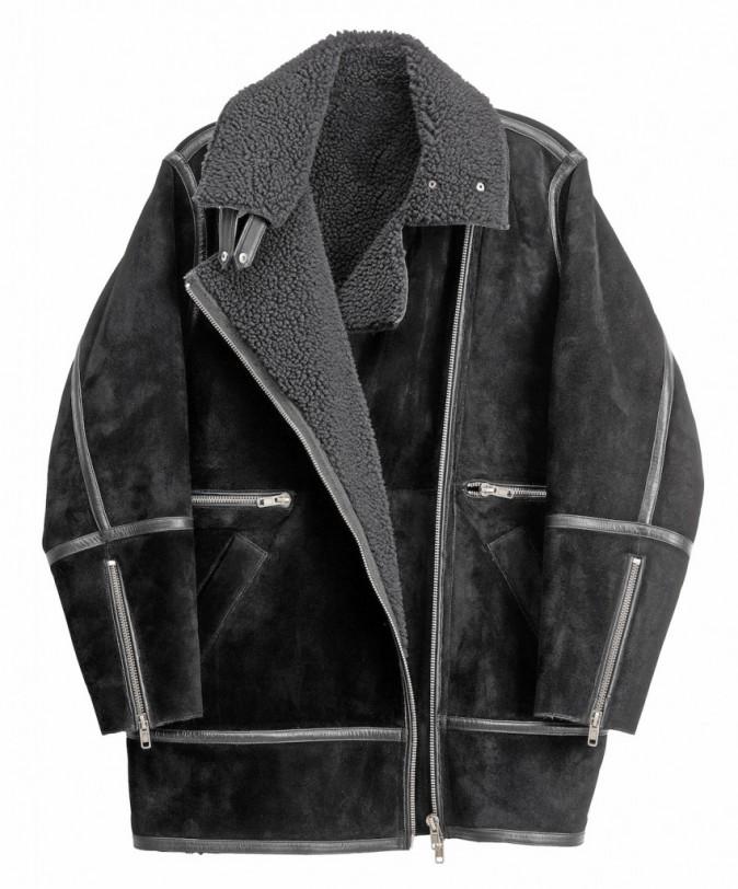 Manteau en peau retournée, H&M Studio 249 €