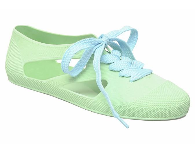 Chaussures en caoutchouc à lacets, F-Troupe sur sarenza.com, 37,50 €.