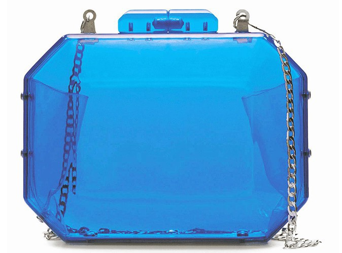 Minaudière en plexi bleu, Zara, 22 €.