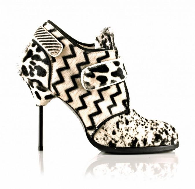 Low boots façon poulain, Nunc Fashion. 379 €.